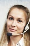 A menina com auriculares Imagem de Stock Royalty Free