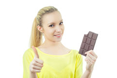 Menina com a barra de chocolate Fotos de Stock Royalty Free