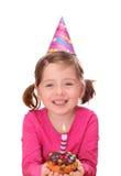 Menina com bolo de aniversário Fotografia de Stock