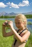 Menina com câmera imagens de stock