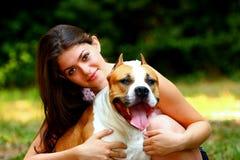 Menina com cão Fotografia de Stock