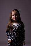 Menina com cabelo longo luxuoso Imagem de Stock