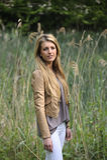 Menina com cabelo louro longo fotografia de stock