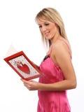 Menina com cartão dos Valentim Imagem de Stock Royalty Free
