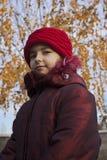 Menina com chapéu vermelho imagens de stock