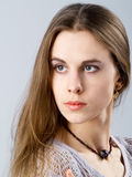 Menina com colar Fotografia de Stock