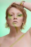 Menina com composição creativa foto de stock