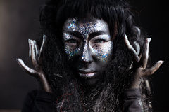 Menina com composição criativa da arte da cara fotografia de stock royalty free