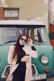 Menina com copo Fotografia de Stock