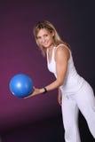 Menina com esfera Fotos de Stock Royalty Free