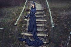 Menina com espada. Imagem de Stock Royalty Free