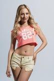 Menina com estilo 'sexy' do verão Fotografia de Stock Royalty Free