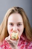 Menina com fome fotos de stock royalty free