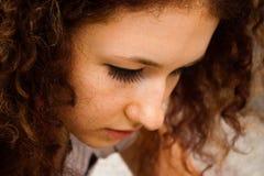 Menina com freckles Fotos de Stock Royalty Free