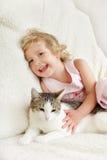 Menina com gato Foto de Stock