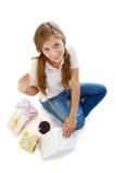 Menina com giftboxes Imagens de Stock