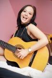 Menina com guitarra Foto de Stock