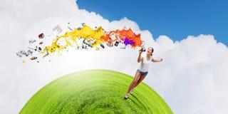 Menina com megafone Imagens de Stock Royalty Free