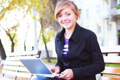A menina com o caderno Imagem de Stock