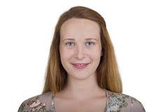 Menina com olhos azuis e cabelo bonitos do ruivo Imagem de Stock Royalty Free