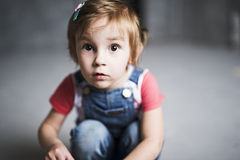 Menina com olhos grandes Imagens de Stock