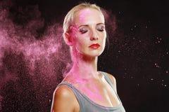 Menina com pó colorido Fotos de Stock