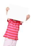Menina com placa branca Fotografia de Stock Royalty Free