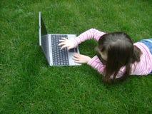 Menina com portátil Imagens de Stock