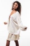 Menina com túnica de tamanho grande, retrato Imagens de Stock Royalty Free