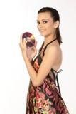 menina com um disco compacto nas mãos. Imagens de Stock Royalty Free