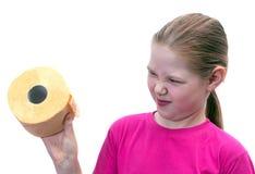 A menina com um rolo de toalete Fotografia de Stock Royalty Free
