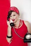Menina com um telefone do vintage Foto de Stock Royalty Free