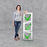 Menina com uma lista de verificação Imagem de Stock