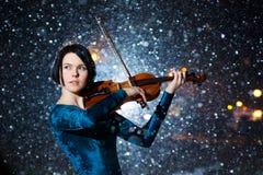 Menina com violino Imagem de Stock Royalty Free