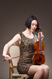 Menina com violino Foto de Stock Royalty Free