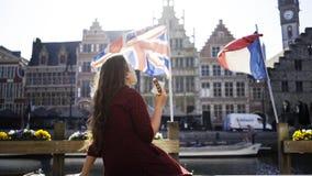 Menina com waffle de Bélgica filme
