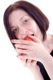 A menina come a maçã Imagem de Stock Royalty Free