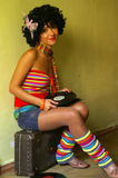 Menina curly bonito do disco foto de stock