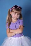 Menina da beleza com vidros escuros imagens de stock royalty free