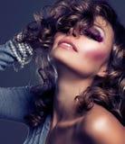 Menina da beleza da forma Imagens de Stock Royalty Free