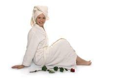 Menina da beleza na toalha após o chuveiro Fotografia de Stock