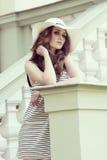 Menina da beleza no tiro exterior da forma Imagens de Stock Royalty Free
