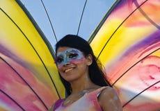 Menina da borboleta do carnaval imagens de stock royalty free