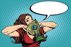 A menina da defesa civil veste uma máscara de gás protetora ilustração royalty free