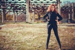 Menina da forma com cabelo vermelho Imagem de Stock Royalty Free