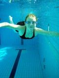 Menina da natação foto de stock