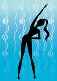 Menina da silhueta no treinamento da ginástica Foto de Stock Royalty Free