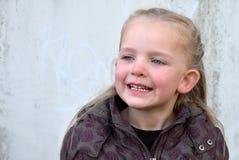 Menina de canto Foto de Stock Royalty Free