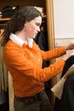 Menina de compra Imagens de Stock Royalty Free