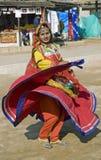 Menina de dança indiana na ação Imagens de Stock Royalty Free